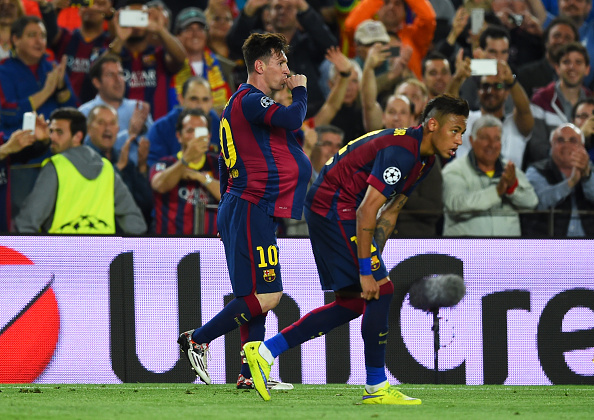 BARCELONA, SPAIN - MAY 06:  Lionel Messi of Barcelona celebrates after scoring a goal  during the UEFA Champions League Semi Final, first leg match between FC Barcelona and FC Bayern Muenchen at Camp Nou on May 6, 2015 in Barcelona, Spain.  (Photo by Shaun Botterill/Getty Images)