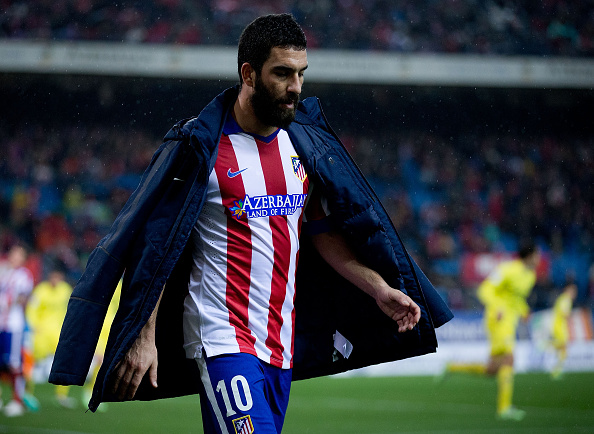MADRID, SPAIN - DECEMBER 14: Arda Turan of Atletico de Madrid leaves the picth during the La Liga match between Club Atletico de Madrid and Villarreal CF at Vicente Calderon Stadium on December 14, 2014 in Madrid, Spain.  (Photo by Gonzalo Arroyo Moreno/Getty Images)