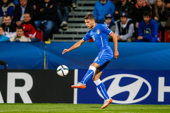 OLOMOUC, CZECH REPUBLIC - JUNE 24:  Domenico Berardi of Italy controls the ball during the UEFA Under21 European Championship 2015 match between England and Italy at Andruv Stadium on June 24, 2015 in Olomouc, Czech Republic.  (Photo by Christian Hofer/Getty Images)