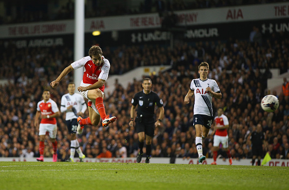 LONDON, ENGLAND - SEPTEMBER 23:  Mathieu Flamini of Arsenal he scores their second goal during the Capital One Cup third round match between Tottenham Hotspur and Arsenal at White Hart Lane on September 23, 2015 in London, England.  (Photo by Ian Walton/Getty Images)