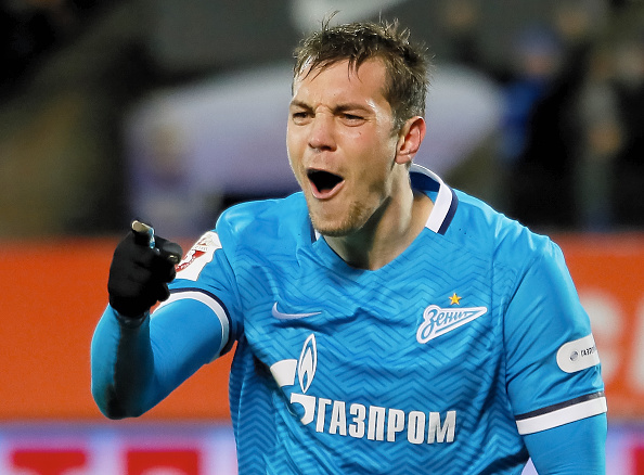 ST. PETERSBURG, RUSSIA - NOVEMBER 21: Artem Dzyuba of FC Zenit St. Petersburg celebrates his goal during the Russian Football League match between FC Zenit St. Petersburg and FC Ural Sverdlovsk Oblast at the Petrovsky stadium on November 21, 2015 in St. Petersburg, Russia. (Photo by Epsilon/Getty Images)