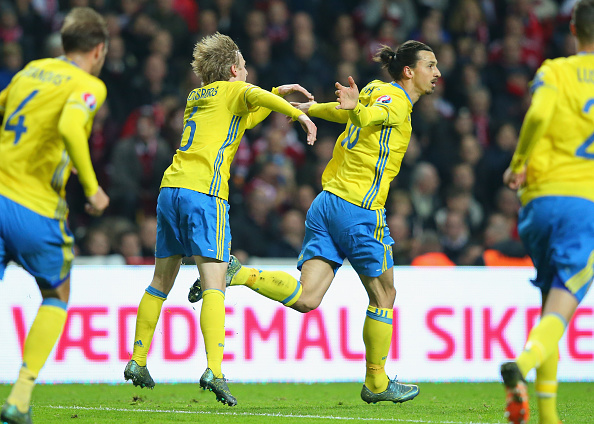 COPENHAGEN, DENMARK - NOVEMBER 17:  Zlatan Ibrahimovic of Sweden celebrates with Emil Forsberg after scoring the opening goal during the UEFA EURO 2016 Qualifier Play-Off Second Leg match between Denmark and Sweden at Parken Stadium on November 17, 2015 in Copenhagen, Denmark.  (Photo by Alex Livesey/Getty Images)