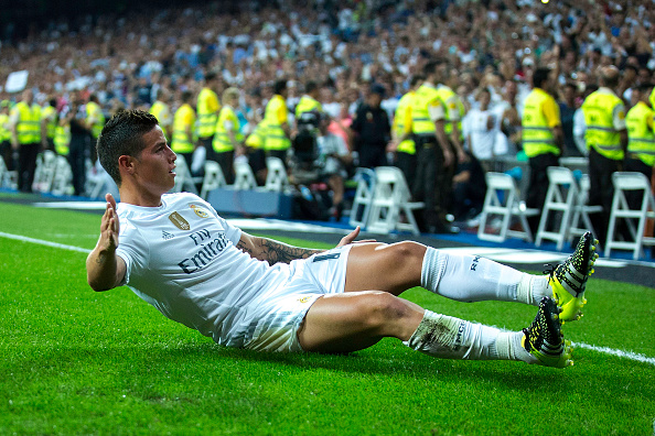 MADRID, SPAIN - AUGUST 29: James Rodriguez of Real Madrid CF celebrates scoring their fourth goal during the La Liga match between Real Madrid CF and Real Betis Balompie at Estadio Santiago Bernabeu on August 29, 2015 in Madrid, Spain.  (Photo by Gonzalo Arroyo Moreno/Getty Images)