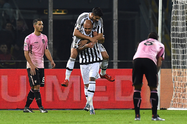 PALERMO, ITALY - NOVEMBER 29:  Simone Zaza of Juventus celebrates after scoring his team's third goal during the Serie A match between US Citta di Palermo and Juventus FC at Stadio Renzo Barbera on November 29, 2015 in Palermo, Italy.  (Photo by Tullio M. Puglia/Getty Images)