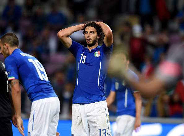 GENEVA, SWITZERLAND - JUNE 16:  Andrea Ranocchia of Italy dejected at the end of the international friendly match between Portugal and Italy at Stade de Geneve on June 16, 2015 in Geneva, Switzerland.  (Photo by Claudio Villa/Getty Images)