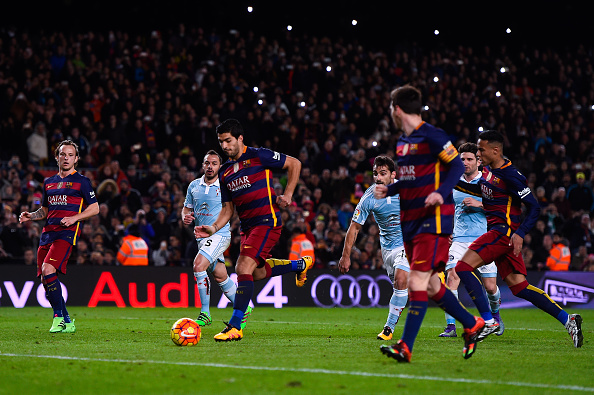 BARCELONA, SPAIN - FEBRUARY 14:  (L-R) Luis Suarez of FC Barcelona celebrates with his team mate Lionel Messi of FC Barcelona after scoring his team's fourth goal from the penalty spot during the La Liga match between FC Barcelona and Celta Vigo at Camp Nou on February 14, 2016 in Barcelona, Spain. Messi took the penalty, tapping the ball softly forward for Suarez to score. (Photo by David Ramos/Getty Images)