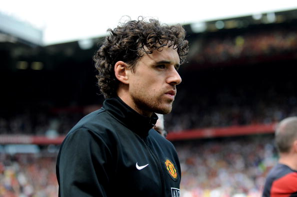MANCHESTER, ENGLAND - APRIL 24:   Owen Hargreaves  of Manchester United heads for the bench prior to the Barclays Premier League match between Manchester United and Tottenham Hotspur at Old Trafford on April 24, 2010 in Manchester, England.  (Photo by Michael Regan/Getty Images)