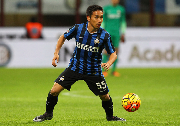 MILAN, ITALY - FEBRUARY 03:  Yuto Nagatomo of FC Internazionale Milano in action during the Serie A match between FC Internazionale Milano and AC Chievo Verona at Stadio Giuseppe Meazza on February 3, 2016 in Milan, Italy.  (Photo by Marco Luzzani/Getty Images)