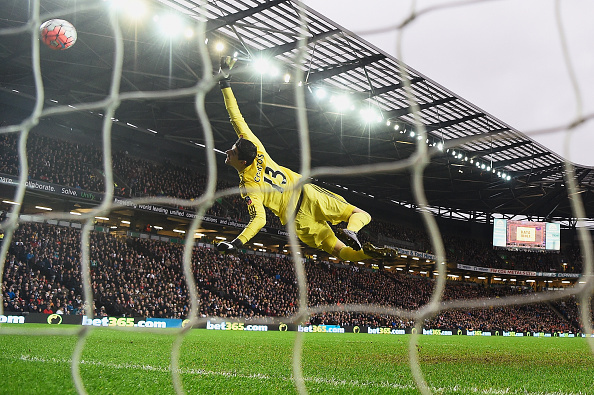 MILTON KEYNES, ENGLAND - JANUARY 31: Thibaut Courtois of Chelsea fails to stop the shot by Darren Potter of MK Dons during the Emirates FA Cup Fourth Round match between Milton Keynes Dons and Chelsea at Stadium mk on January 31, 2016 in Milton Keynes, England.  (Photo by Mike Hewitt/Getty Images)