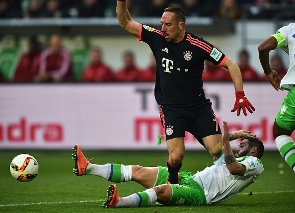 WOLFSBURG, GERMANY - FEBRUARY 27:  Franck Ribery of Muenchen treds on the private parts of Vierinha of Wolfsburg during the Bundesliga match between VfL Wolfsburg and FC Bayern Muenchen at Volkswagen Arena on February 27, 2016 in Wolfsburg, Germany.  (Photo by Stuart Franklin/Bongarts/Getty Images)