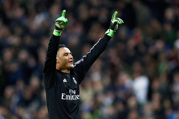 MADRID, SPAIN - MARCH 08: Keylor Navas of Real Madrid celebrates during the UEFA Champions League Round of 16 Second Leg match between Real Madrid and Roma at Estadio Santiago Bernabeu on March 8, 2016 in Madrid, Spain.  (Photo by Gonzalo Arroyo Moreno/Getty Images)