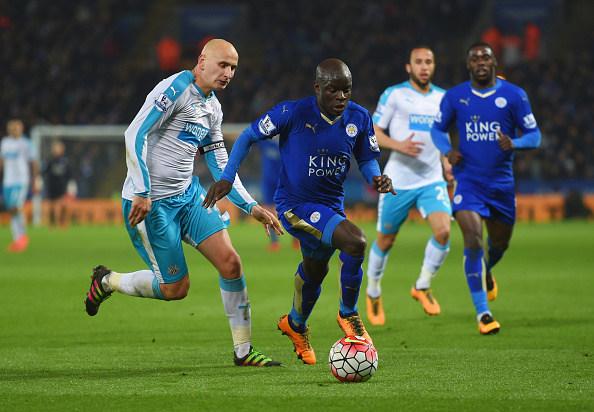 LEICESTER, ENGLAND - MARCH 14:  Ngolo Kante of Leicester City is chased by Jonjo Shelvey of Newcastle United during the Barclays Premier League match between Leicester City and Newcastle United at The King Power Stadium on March 14, 2016 in Leicester, England.  (Photo by Michael Regan/Getty Images)