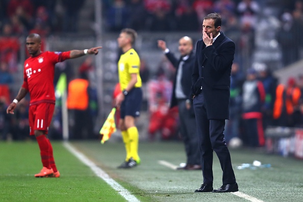 MUNICH, GERMANY - MARCH 16: Massimiliano Allegri the head coach of Juventus looks on at the end of the extra time during the UEFA Champions League round of 16, second Leg match between FC Bayern Muenchen and Juventus at the Allianz Arena on March 16, 2016 in Munich, Germany.  (Photo by Alex Grimm/Bongarts/Getty Images)