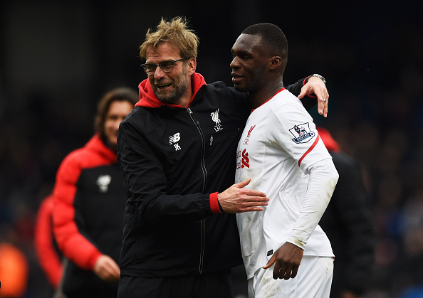 LONDON, ENGLAND - MARCH 06:  Jurgen Klopp manager of Liverpool celebrates victory with winning goalscorer Christian Benteke of Liverpool after the Barclays Premier League match between Crystal Palace and Liverpool at Selhurst Park on March 6, 2016 in London, England.  (Photo by Mike Hewitt/Getty Images)