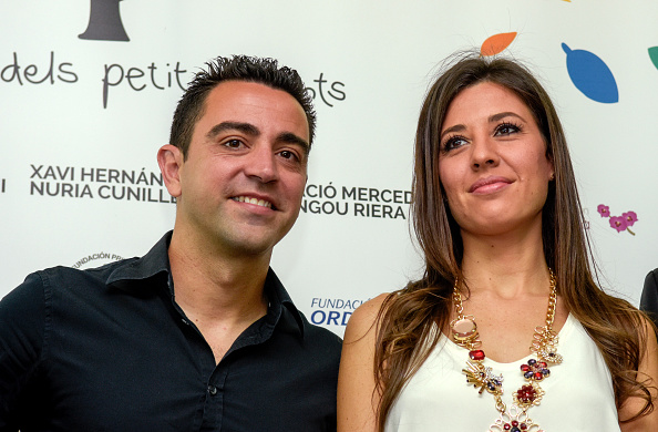 ESPLUGES DE LLOBREGAT, SPAIN - JUNE 02:  Xavi Hernandez (L) and Nuria Cunillera (R) attend the inauguration of a new children's wing at Sant Joan de Deu Hospital on June 2, 2015 in Esplugues de Llobregat, Spain.  (Photo by Robert Marquardt/Getty Images)