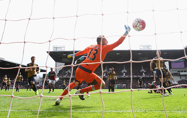 LONDON, UNITED KINGDOM - APRIL 09:  David Ospina of Arsenal fails to stop as Andy Carroll (3rd R) of West Ham United scores his team's second goal  during the Barclays Premier League match between West Ham United and Arsenal at the Boleyn Ground on April 9, 2016 in London, England.  (Photo by Julian Finney/Getty Images)