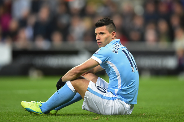 NEWCASTLE UPON TYNE, ENGLAND - APRIL 19:  Sergio Aguero of Manchester City reacts after a missed chance on goal during the Barclays Premier League match between Newcastle United and Manchester City at St James' Park on April 19, 2016 in Newcastle, England.  (Photo by Michael Regan/Getty Images)
