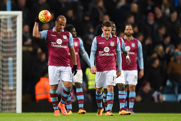 BIRMINGHAM, ENGLAND - MARCH 01: Gabriel Agbonlahor and Ashley Westwood of Aston Villa show their frustration after Everton's third goal during the Barclays Premier League match between Aston Villa and Everton at Villa Park on March 1, 2016 in Birmingham, England.  (Photo by Shaun Botterill/Getty Images)