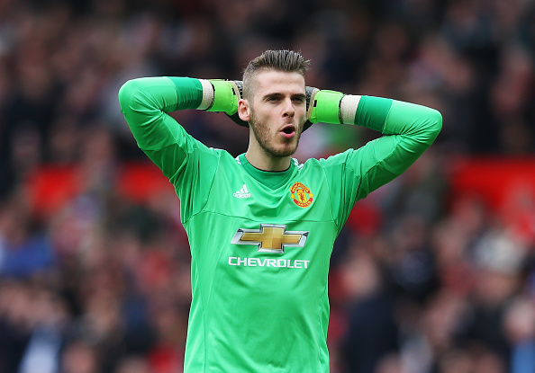 MANCHESTER, ENGLAND - APRIL 03:  David De Gea of Manchester United reacts during the Barclays Premier League match between Manchester United and Everton at Old Trafford on April 3, 2016 in Manchester, England.  (Photo by Alex Livesey/Getty Images)