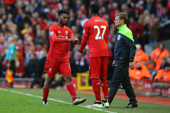 LIVERPOOL, ENGLAND - APRIL 02: Daniel Sturridge (L) of Liverpool is replaced by Divock Origi (C) during the Barclays Premier League match between Liverpool and Tottenham Hotspur at Anfield on April 2, 2016 in Liverpool, England.  (Photo by Alex Livesey/Getty Images)