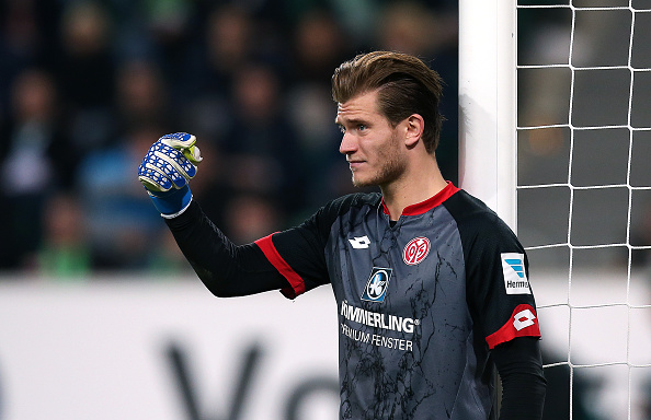 WOLFSBURG, GERMANY - APRIL 09:  Goalkeeper Loris Karius of Mainz gestures during the Bundesliga match between VfL Wolfsburg and 1. FSV Mainz 05 at Volkswagen Arena on April 9, 2016 in Wolfsburg, Germany.  (Photo by Ronny Hartmann/Bongarts/Getty Images)