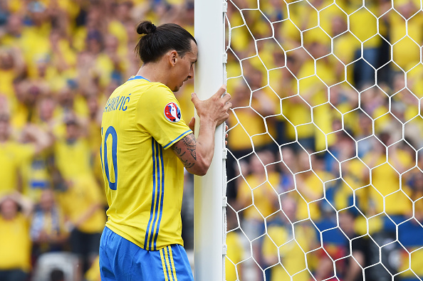 TOULOUSE, FRANCE - JUNE 17:  Zlatan Ibrahimovic of Sweden reacts after he misses an oppertunity during the UEFA EURO 2016 Group E match between Italy and Sweden at Stadium Municipal on June 17, 2016 in Toulouse, France.  (Photo by Claudio Villa/Getty Images)