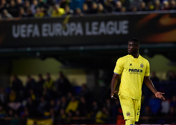 VILLARREAL, SPAIN - APRIL 07:  Eric Bertrand Bailly of Villarreal reacts during the UEFA Europa League Quarter Final first leg match between Villarreal CF and Sparta Prague at El Madrigal on April 7, 2016 in Villarreal, Spain.  (Photo by Manuel Queimadelos Alonso/Getty Images)