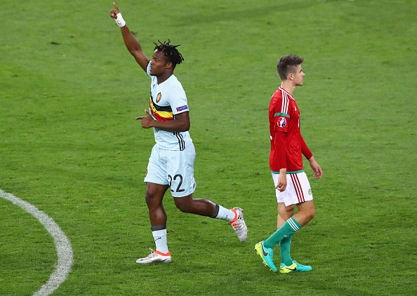 TOULOUSE, FRANCE - JUNE 26:  Michy Batshuayi (L) of Belgium celebrates scoring his team's second goal during the UEFA EURO 2016 round of 16 match between Hungary and Belgium at Stadium Municipal on June 26, 2016 in Toulouse, France.  (Photo by Dean Mouhtaropoulos/Getty Images)