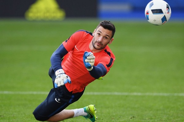 PARIS, FRANCE - JUNE 09:  Hugo Lloris of France in action during training session ahead of the UEFA EURO 2016 Group A match between France and Romania at Stade de France on June 9, 2016 in Paris, France. France and Romania will contest the opening match of the tournament on June 10.  (Photo by Matthias Hangst/Getty Images)