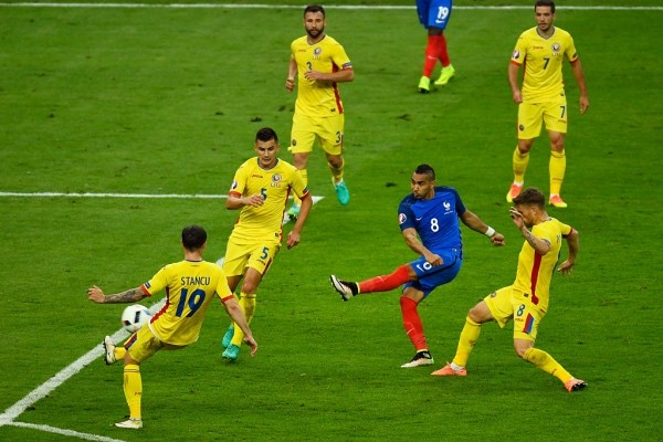 PARIS, FRANCE - JUNE 10: Dimitri Payet of France scores his team's second goal during the UEFA Euro 2016 Group A match between France and Romania at Stade de France on June 10, 2016 in Paris, France.  (Photo by Mike Hewitt/Getty Images)