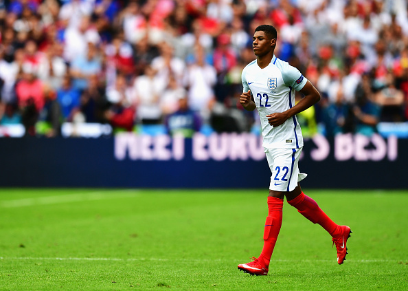 LENS, FRANCE - JUNE 16:  Marcus Rashford of England in action during the UEFA EURO 2016 Group B match between England and Wales at Stade Bollaert-Delelis on June 16, 2016 in Lens, France.  (Photo by Dan Mullan/Getty Images)