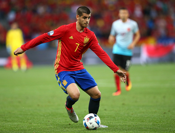 NICE, FRANCE - JUNE 17:  Alvaro Morata of Spain in action during the UEFA EURO 2016 Group D match between Spain and Turkey at Allianz Riviera Stadium on June 17, 2016 in Nice, France.  (Photo by Alex Livesey/Getty Images)
