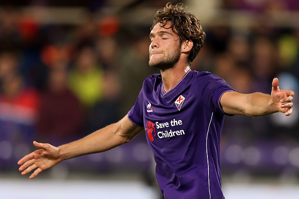 FLORENCE, ITALY - APRIL 24: Marcos Alonso of ACF Fiorentina reacts during the Serie A match between ACF Fiorentina and Juventus FC at Stadio Artemio Franchi on April 24, 2016 in Florence, Italy.  (Photo by Gabriele Maltinti/Getty Images)