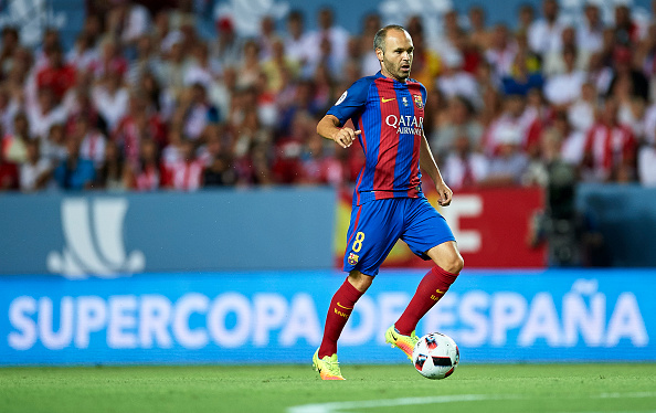 SEVILLE, SPAIN - AUGUST 14:  Andres Iniesta of FC Barcelona in action during the match between Sevilla FC vs FC Barcelona as part of the Spanish Super Cup Final 1st Leg  at Estadio Ramon Sanchez Pizjuan on August 14, 2016 in Seville, Spain.  (Photo by Aitor Alcalde/Getty Images)