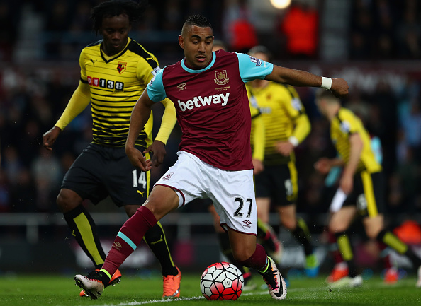 LONDON, ENGLAND - APRIL 20: Juan Carlos Paredes of Watford puts pressue on Dimitri Payet of West Ham United during the Barclays Premier League match between West Ham United and Watford at the Boleyn Ground, April 20, 2016, London, England  (Photo by Julian Finney/Getty Images)
