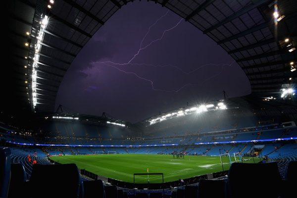 MANCHESTER, ENGLAND - SEPTEMBER 13:  A general view inside the stadium as Lightning strikes following the postponement of the UEFA Champions League Group A match between Manchester City FC and VfL Borussia Moenchengladbach at Etihad Stadium on September 13, 2016 in Manchester, England.  (Photo by Laurence Griffiths/Getty Images)