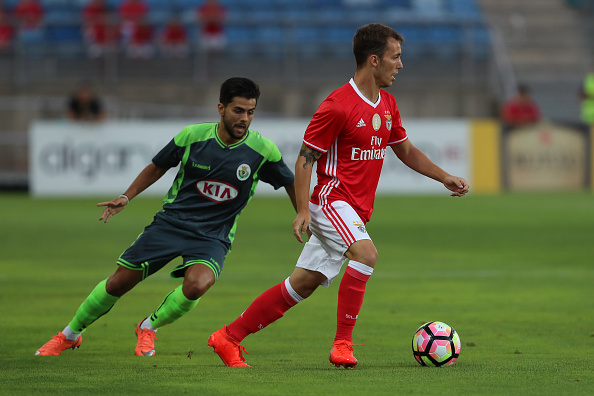 FARO, PORTUGAL - JULY 14:  Setubal's Midfielder Joao Amaral (L) vies Benfica's defender Alex Grimaldo (R) during the Pre Season match between SL Benfica and Vitoria Setubal at Estadio do Algarve on July 14, 2016 in Faro, Portugal.  (Photo by Carlos Rodrigues/Getty Images)