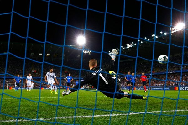 BRUGGE, BELGIUM - SEPTEMBER 14:  Riyad Mahrez of Leicester City scores his teams third from the spot during the UEFA Champions League match between Club Brugge KV and Leicester City FC at Jan Breydel Stadium on September 14, 2016 in Brugge, Belgium.  (Photo by Dean Mouhtaropoulos/Getty Images)