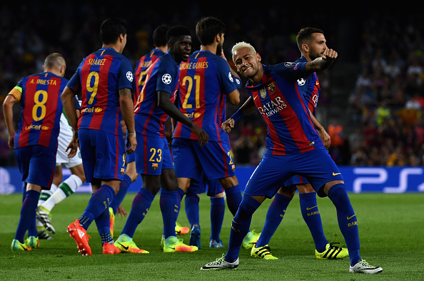 BARCELONA, SPAIN - SEPTEMBER 13:  Neymar of Barcelona celebrates scoring his sides third goal during the UEFA Champions League Group C match between FC Barcelona and Celtic FC at Camp Nou on September 13, 2016 in Barcelona, Spain.  (Photo by David Ramos/Getty Images)
