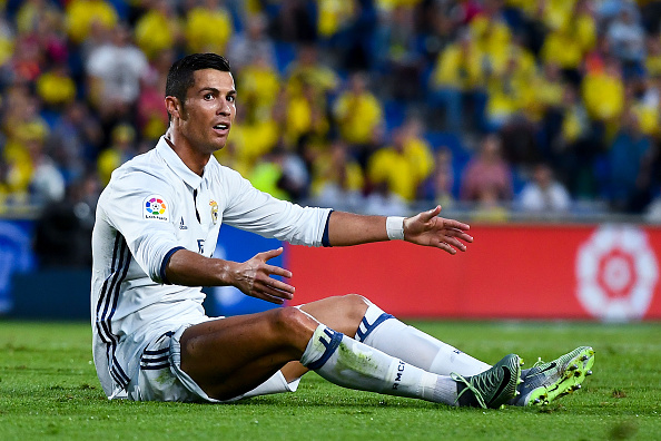 LAS PALMAS, SPAIN - SEPTEMBER 24:  Cristiano Ronaldo of Real Madrid CF reacts during the La Liga match between UD Las Palmas and Real Madrid CF on September 24, 2016 in Las Palmas, Spain.  (Photo by David Ramos/Getty Images)