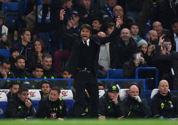 LONDON, ENGLAND - OCTOBER 23:  Antonio Conte, Manager of Chelsea reacts during the Premier League match between Chelsea and Manchester United at Stamford Bridge on October 23, 2016 in London, England.  (Photo by Shaun Botterill/Getty Images)