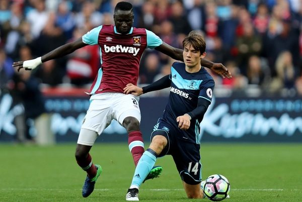 LONDON, ENGLAND - OCTOBER 01:  Marten de Roon of Middlesbrough (R) is put under pressure from Alvaro Arbeloa of West Ham United (L) during the Premier League match between West Ham United and Middlesbrough at London Stadium on October 1, 2016 in London, England.  (Photo by Bryn Lennon/Getty Images)