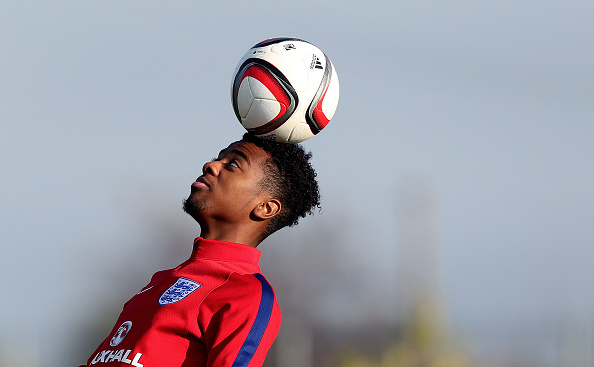 BUFTEA, ROMANIA - OCTOBER 29: Angel Gomes of England heads the ball during the U17 England Training Session at Football Centre FRF on October 29, 2016 in Buftea, Romania. (Photo by Ronny Hartmann/Getty Images)