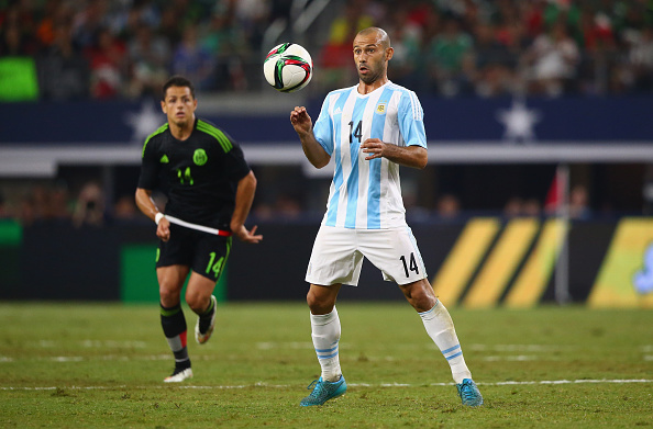 ARLINGTON, TX - SEPTEMBER 08:  Javier Mascherano #14 of Argentina during a international friendly against Mexico at AT&T Stadium on September 8, 2015 in Arlington, Texas.  (Photo by Ronald Martinez/Getty Images)