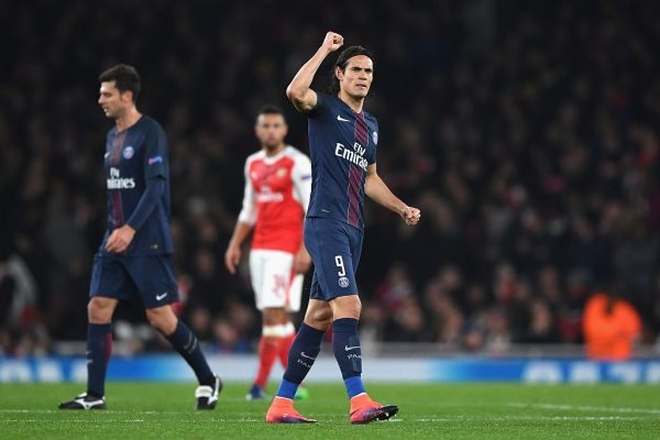 LONDON, ENGLAND - NOVEMBER 23: Edinson Cavani of PSG (C) celebrates scoring his sides first goal during the UEFA Champions League Group A match between Arsenal FC and Paris Saint-Germain at the Emirates Stadium on November 23, 2016 in London, England.  (Photo by Shaun Botterill/Getty Images)