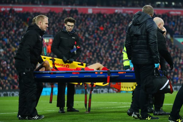 LIVERPOOL, ENGLAND - NOVEMBER 26: Philippe Coutinho of Liverpool is taken off by a stretcher during the Premier League match between Liverpool and Sunderland at Anfield on November 26, 2016 in Liverpool, England.  (Photo by Clive Brunskill/Getty Images)