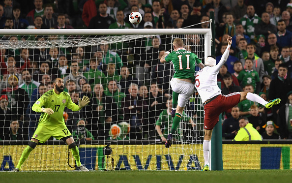 DUBLIN, IRELAND - OCTOBER 06:  James McClean of Republic of Ireland hits the croass bar with a header during the FIFA 2018 World Cup Group D Qualifier between Republic of Ireland and Georgia at Aviva Stadium on October 6, 2016 in Dublin, Ireland.  (Photo by Mike Hewitt/Getty Images)