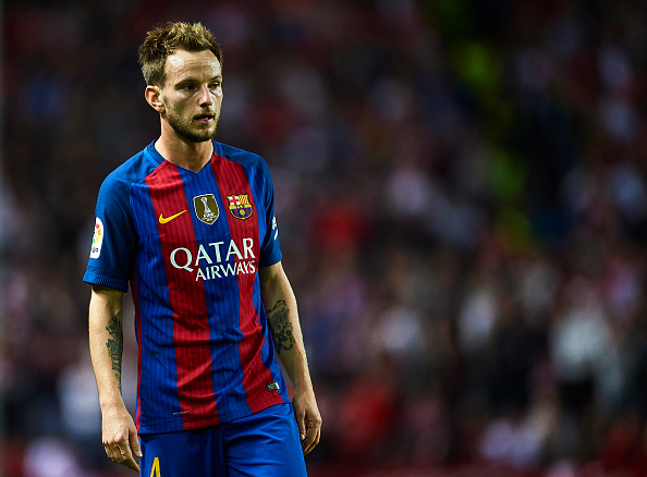 SEVILLE, SPAIN - NOVEMBER 06:  Ivan Rakitic of FC Barcelona looks on during the match between Sevilla FC vs FC Barcelona as part of La Liga at Ramon Sanchez Pizjuan Stadium on November 6, 2016 in Seville, Spain.  (Photo by Aitor Alcalde/Getty Images)