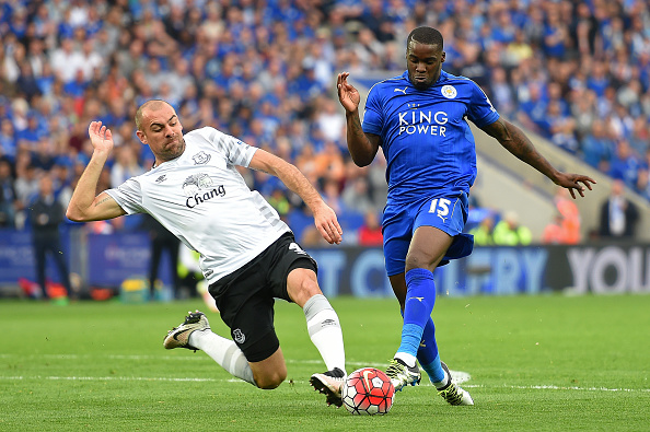 LEICESTER, ENGLAND - MAY 07:  Jeff Schlupp of Leicester City is fouled by Darron Gibson of Everton resulting in a penalty kick during the Barclays Premier League match between Leicester City and Everton at The King Power Stadium on May 7, 2016 in Leicester, United Kingdom.  (Photo by Michael Regan/Getty Images)