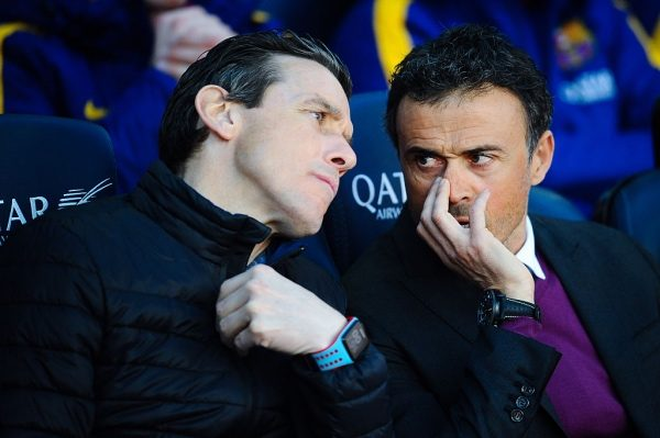 BARCELONA, SPAIN - MARCH 12:  Head coach Luis Enrique (R) of FC Barcelona talks with his first assistant Juan Carlos Unzue prior to the La Liga match between FC Barcelona and Getafe CF at Camp Nou on March 12, 2016 in Barcelona, Spain.  (Photo by David Ramos/Getty Images)